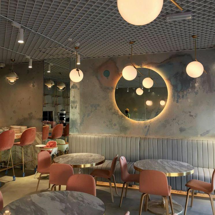 CUE CAFE - THE PEARL QATAR